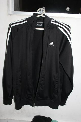fb820d40e Jaqueta Adidas Essential Unissex - Roupas e calçados - Jardim Santa ...