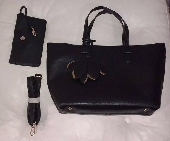 09cb7c314 Bolsa alça curta - couro sintético preto nova - Bolsas, malas e ...