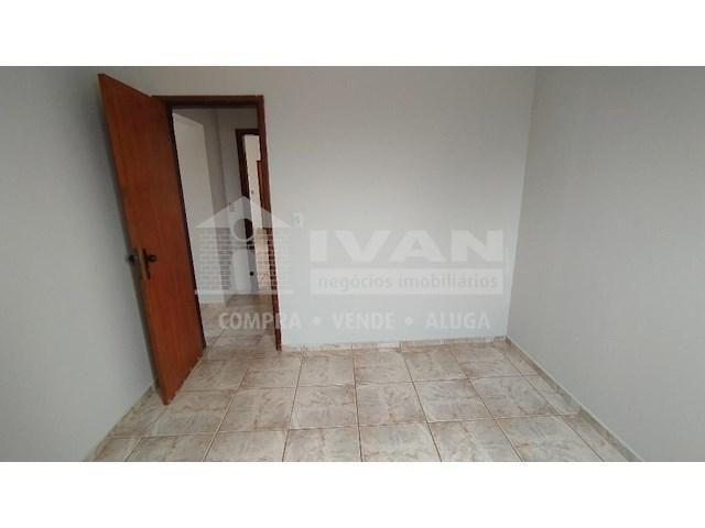 Apartamento para alugar com 3 dormitórios em Lídice, Uberlândia cod:716839 - Foto 17