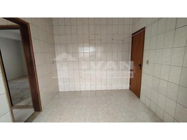 Apartamento para alugar com 3 dormitórios em Lídice, Uberlândia cod:716839 - Foto 12
