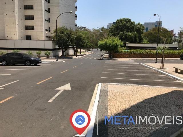 Condomínio Beverly Hills 278 m² - Foto 8