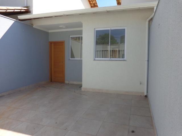 Casa individual no bairro Jaqueline, próximo ao shopping estação BH