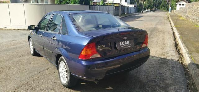 Focus Sedan 2.0 (Completo c/ GNV) - 2001 - Foto 6