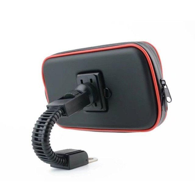 """Suporte Case USB para Carregar Celular para Moto e Bicicleta 360º 6.3"""" - Foto 2"""