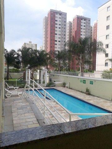 Cobertura duplex no Negrão de Lima com 2 vagas de garagem