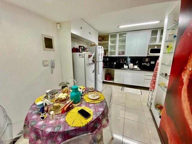 Apartamento para venda possui 200 metros quadrados com 3 suites mais dce.Ponta Verde - Mac - Foto 12