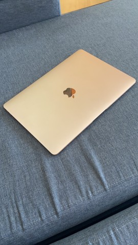 Macbook Air 2020 Dourado