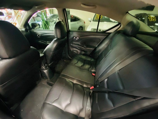 Nissan Versa Sl 1.6 2016 - Foto 7
