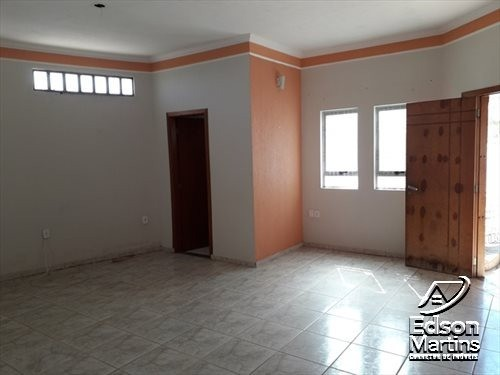 Vendo Casa com Salão no Palmital. - Foto 2