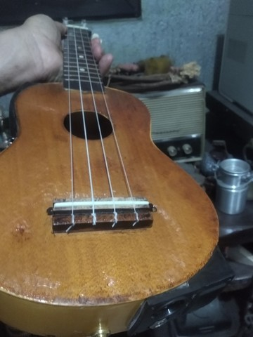 violao ukulele stagg eletrico top novo