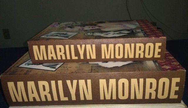 Conj Caixa livro decorativa em Madeira Marilyn Monroe 2 pcs  - Foto 2