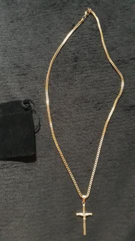 Cordão com crucifixo banhado a ouro 18k - Foto 3