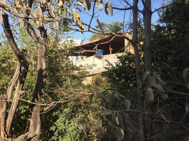 Casa com quintal lote para 2 ruas no Califórnia - Foto 5