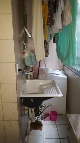 Apartamento dois quartos em Andre Carloni por apenas 75 mil a vista - Foto 11
