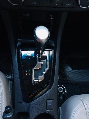 TOYOTA COROLLA 2016/2017 2.0 XEI 16V FLEX 4P AUTOMÁTICO - Foto 17