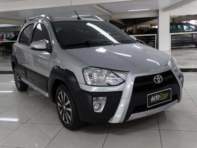 Toyota Etios Cross 1.5 Flex Prata - Foto 3