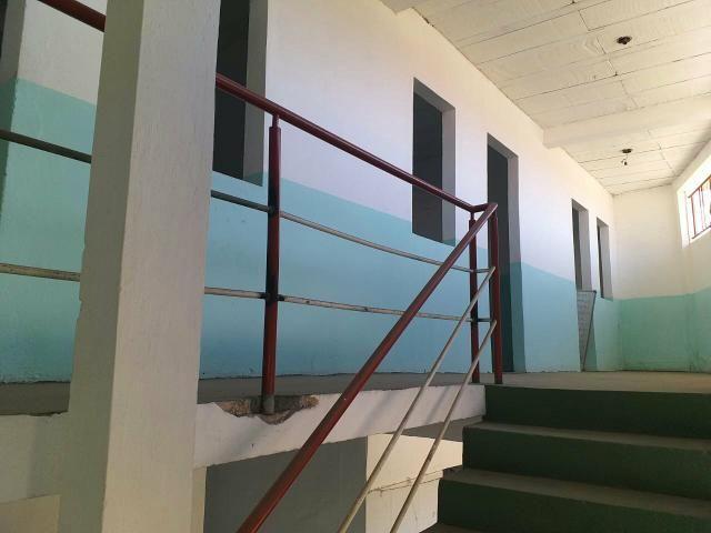 Vende-se um prédio, uma antiga escola em Vida Nova - Foto 3