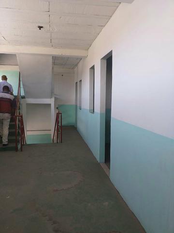 Vende-se um prédio, uma antiga escola em Vida Nova - Foto 6