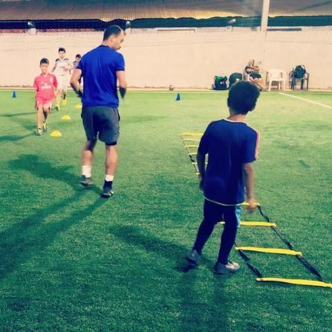 Escolinha de Futebol - Foto 2