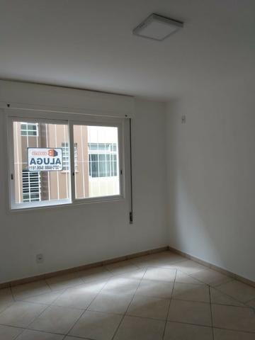 Vende-se apartamento central de 1 dormitório com garagem, Pelotas - Foto 10