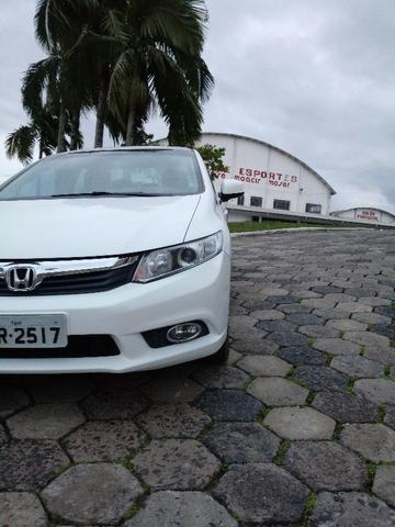 Honda Civic Lxs 1.8 Branco - Baixo KM - Foto 4