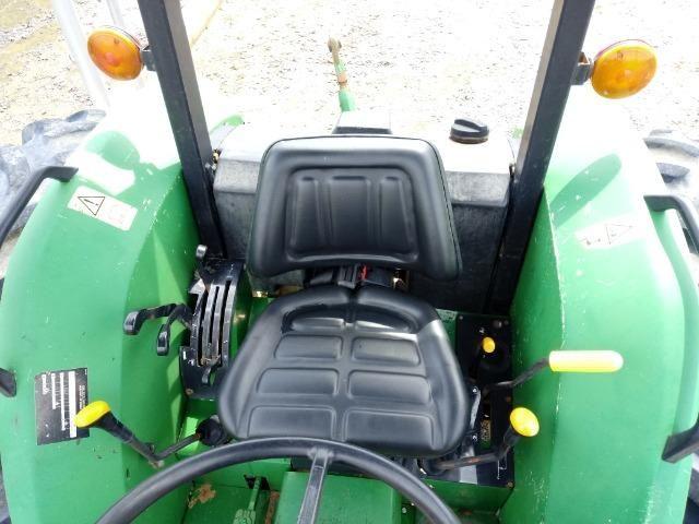 Trator John Deere 5603 - 75cv - Foto 3