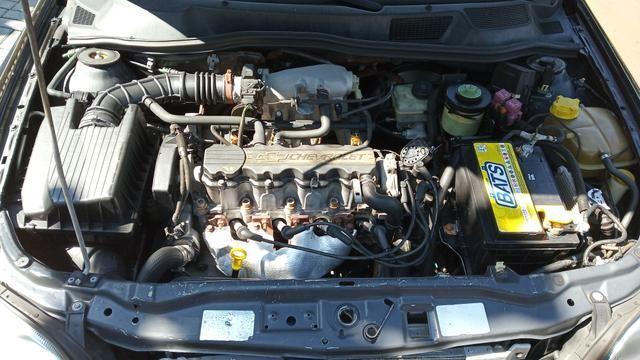 Astra sedan GLS 2.0/8 válvulas - Foto 8
