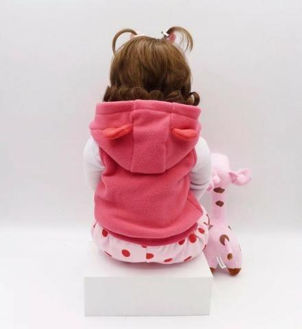 Boneca Bebê Reborn 48cm com girafinha - Foto 4