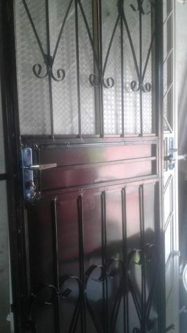 Temos portas e janelas novas completas! - Foto 5