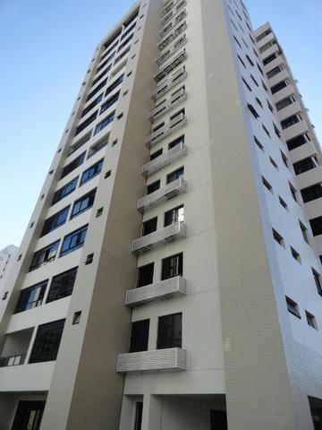 AP0298 - Apartamento m² 135, 03 quartos, 02 vagas, Ed. Buenas Vista - Dionísio Torres