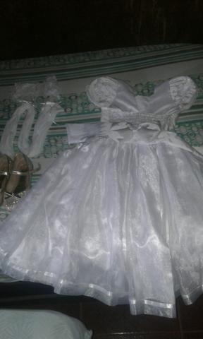 Vestido branco para formatura sapato numero 31/32 e meiao branco com luva - Foto 2