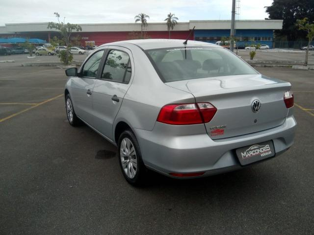 VW Novo Voyage 1.6 - Foto 12