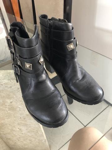 c168f834be Coturno ou bota preta - Roupas e calçados - Parangaba, Fortaleza ...