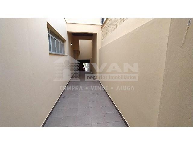 Apartamento para alugar com 3 dormitórios em Lídice, Uberlândia cod:716839 - Foto 4