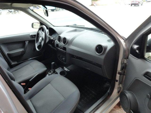VW Gol 1.0 2011/2012 com ar condicionado - Foto 20