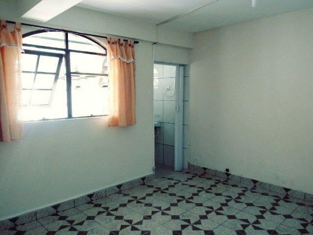 Aluga-se casa térrea 2 cômodos - Foto 12