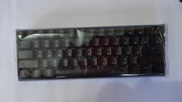 Teclado gamer Mecânico Gk61(NOVO/Preto)modelo 60% switch óptico brown - Foto 2