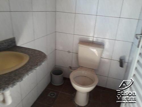 Vendo Casa com Salão no Palmital. - Foto 13