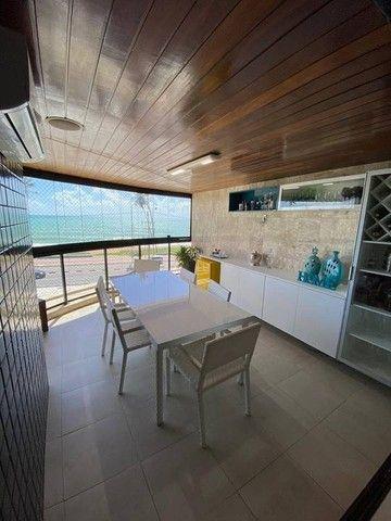Apartamento para venda possui 200 metros quadrados com 3 suites mais dce.Ponta Verde - Mac