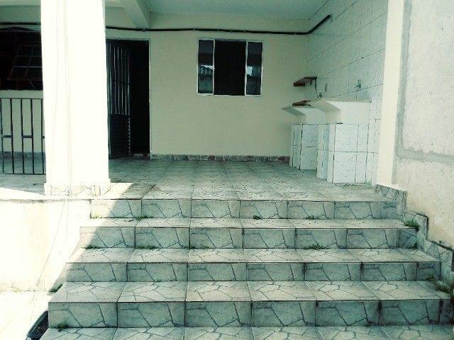 Aluga-se casa térrea 2 cômodos - Foto 13