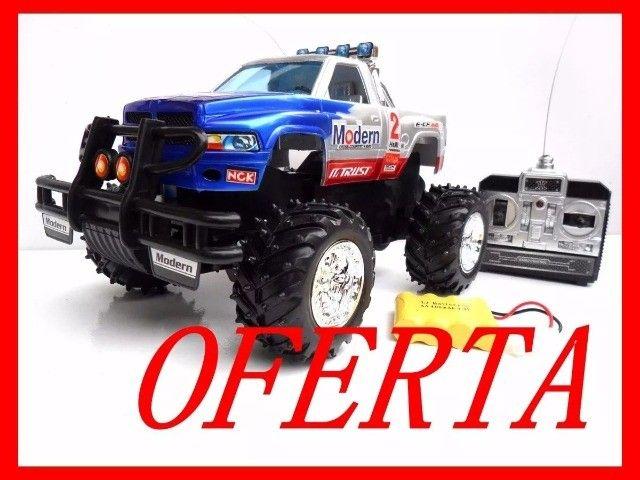 R$180 Carrinho Controle Remoto bateria Recarregável Camionete Pickup 4x4 carro novo 0km - Foto 3