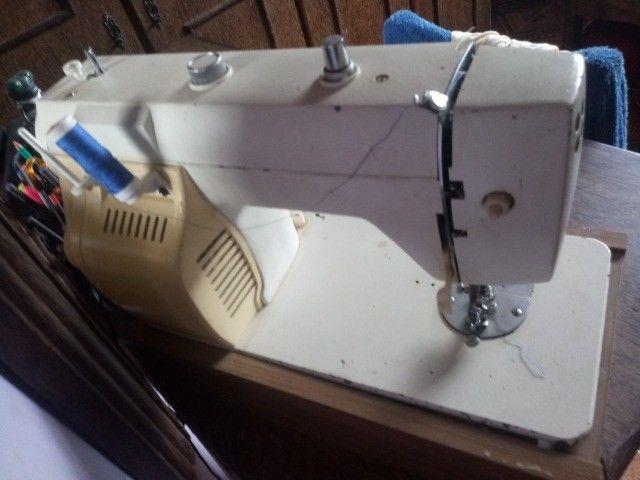 Máquina de Costura Engin Genius - Foto 3