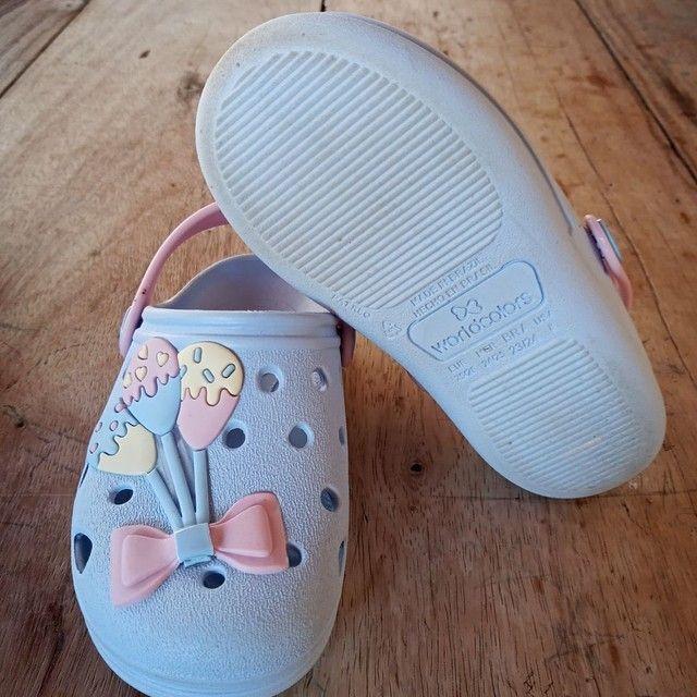Chinelo tipo Crocs infantil