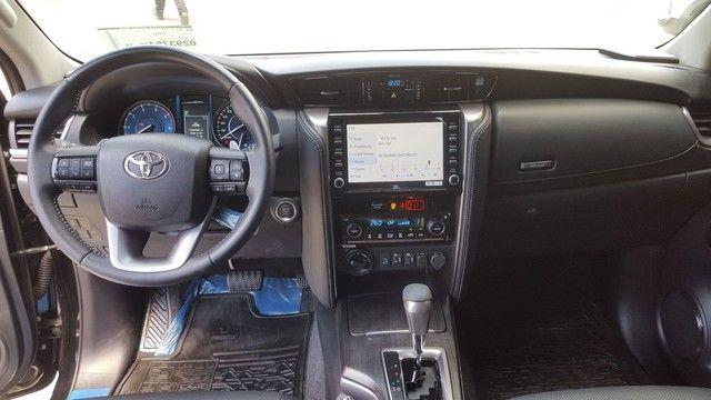 Toyota Hilux SW4 SRX 2.8 4x4 turbo diesel 2021 - Foto 4