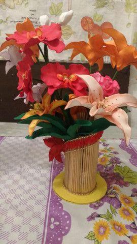 Orquidias e flores em E V A - Foto 6