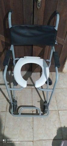 Vendo cadeira de banho!!