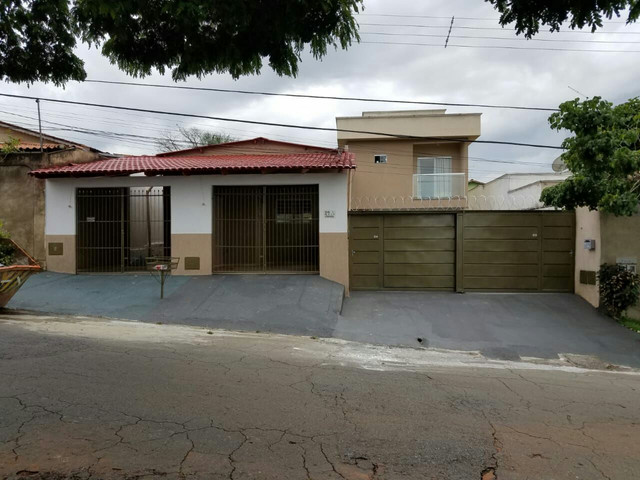 Sobrado e três casas(jardim Brasil)PEGO PERMUTA.. - Foto 16