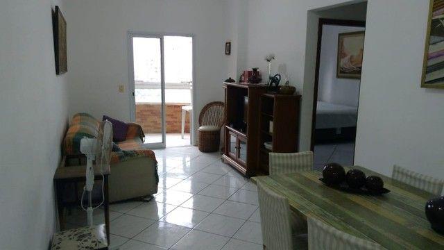 Lindo Apto 2 Dorm Semi-Mobiliado Na Vila Tupi Em Praia Grande - Foto 6