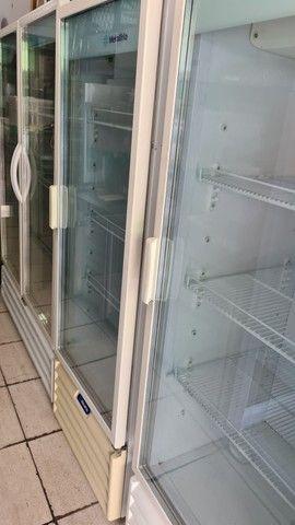 Refrigerador de uma e duas portas metalfrio