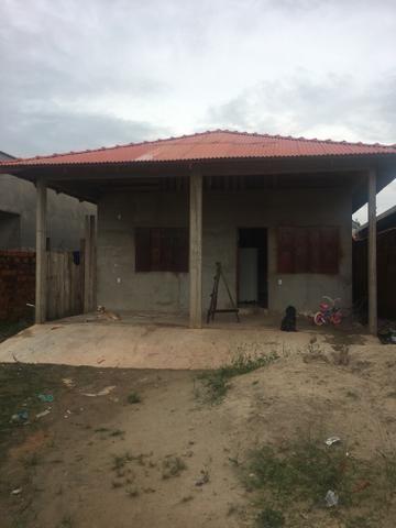 Alugo casa no bairro Morada das Palmeiras